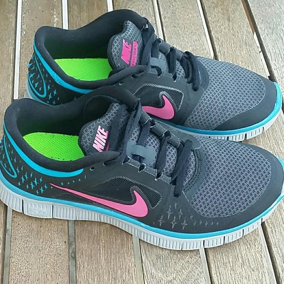 huge discount 38109 3358c Nike Free Run 3 women s sneaker size 7.5. M 5b3808b1baebf60ec894a480